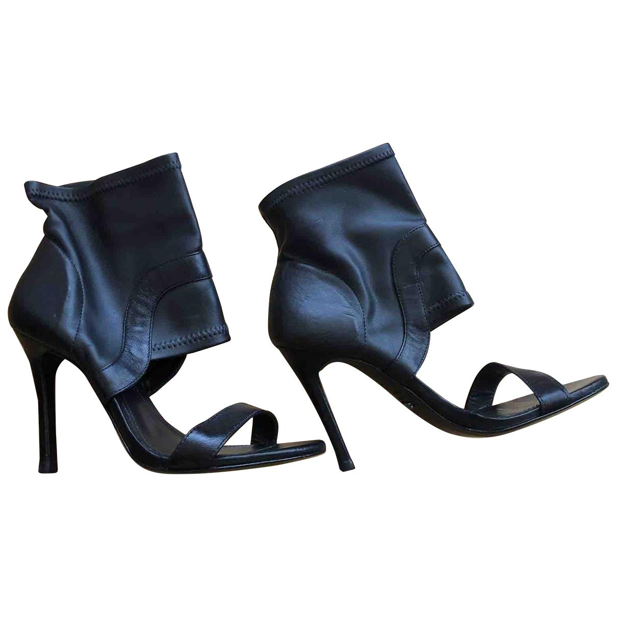 Schutz \N Black Leather Sandals for Women 38 IT