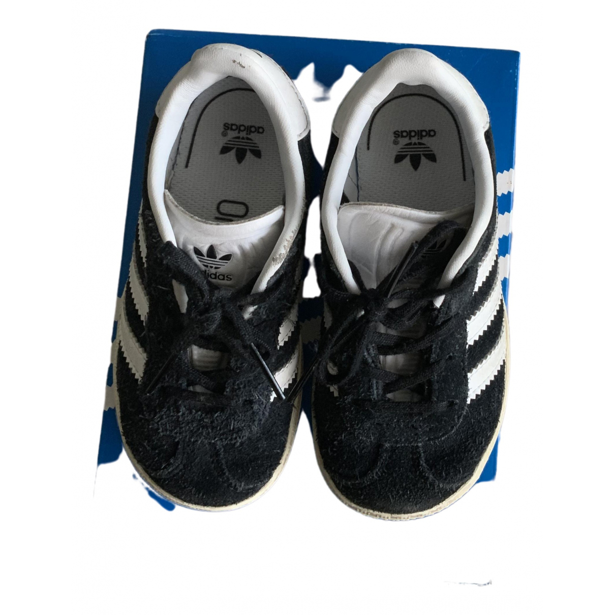 Adidas Gazelle Black Leather Trainers for Kids 23 FR