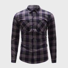 Hemd mit Karo Muster, Knopfen vorn und doppelten Taschen