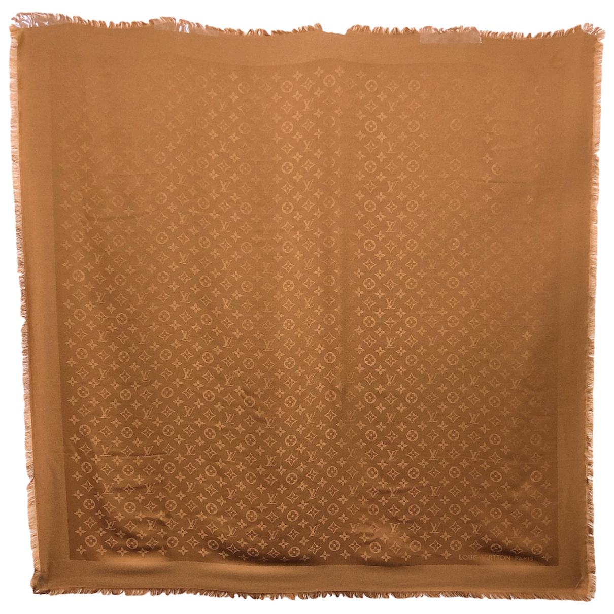 Louis Vuitton Chale Monogram Schal in  Braun Seide