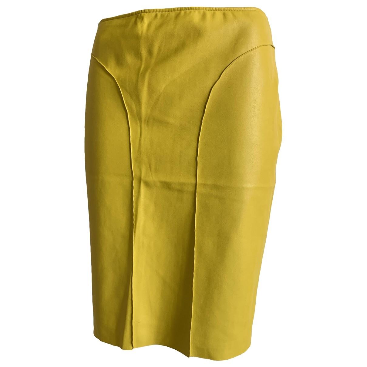 Cedric Charlier - Jupe   pour femme en cuir - jaune