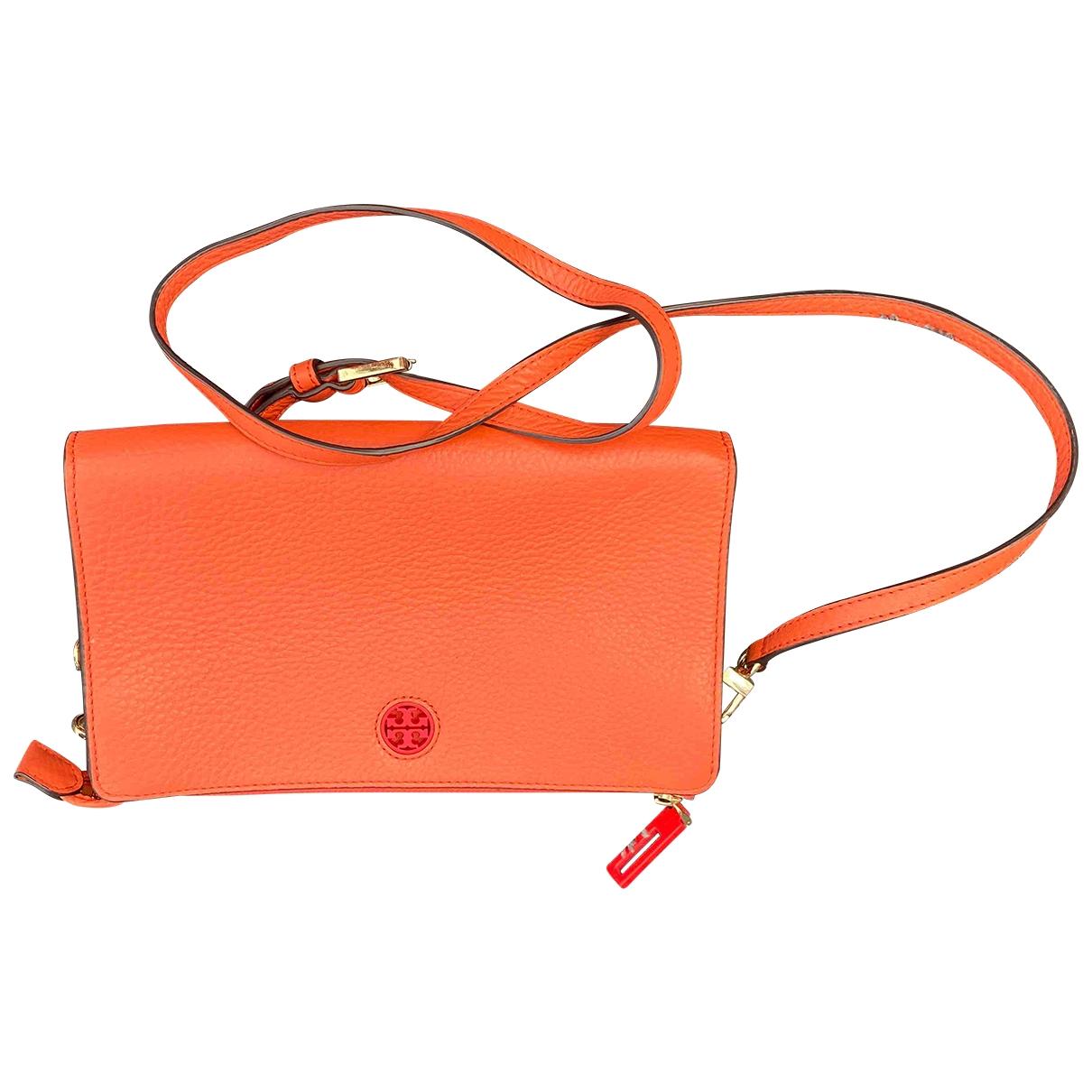 Tory Burch \N Clutch in  Orange Leder