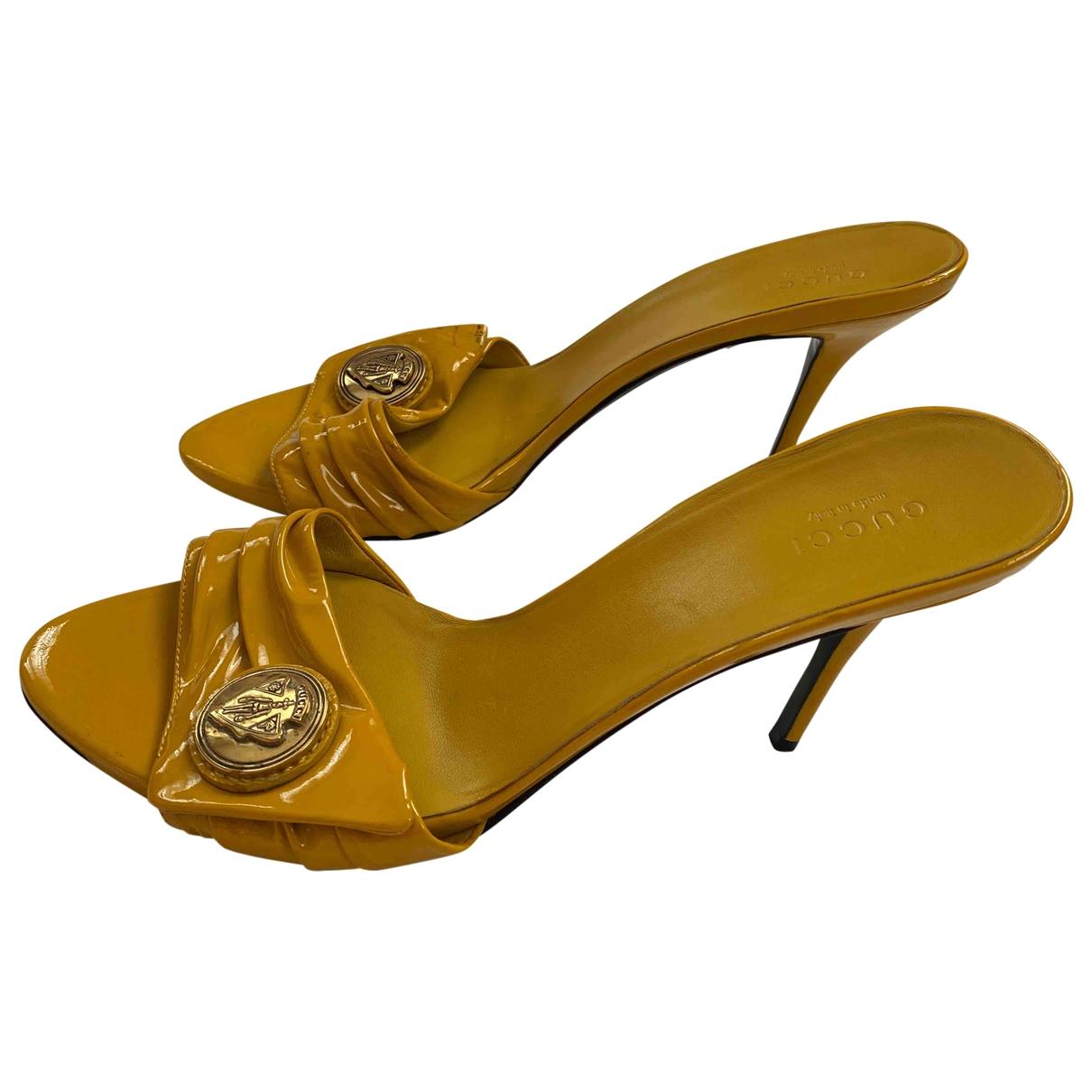 Gucci - Sandales   pour femme en cuir verni - jaune