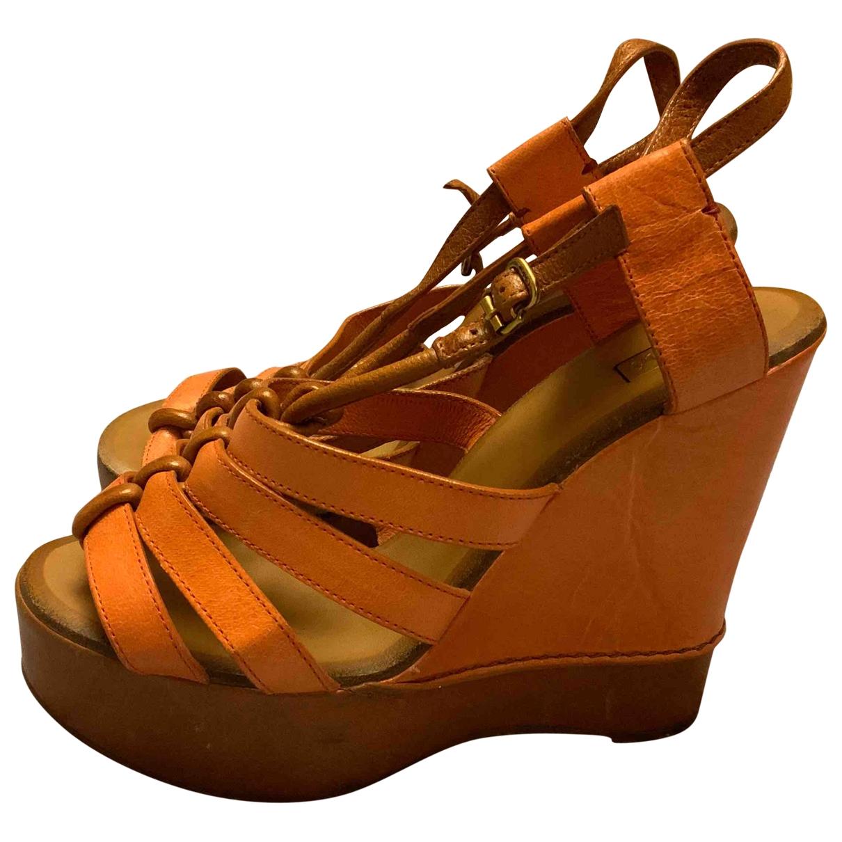 Chloé \N Orange Leather Sandals for Women 38 EU