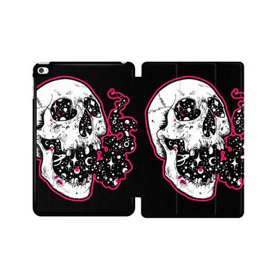 Apple iPad mini 4 Tablet Smart Case - Space Skull Black von Kreatyves