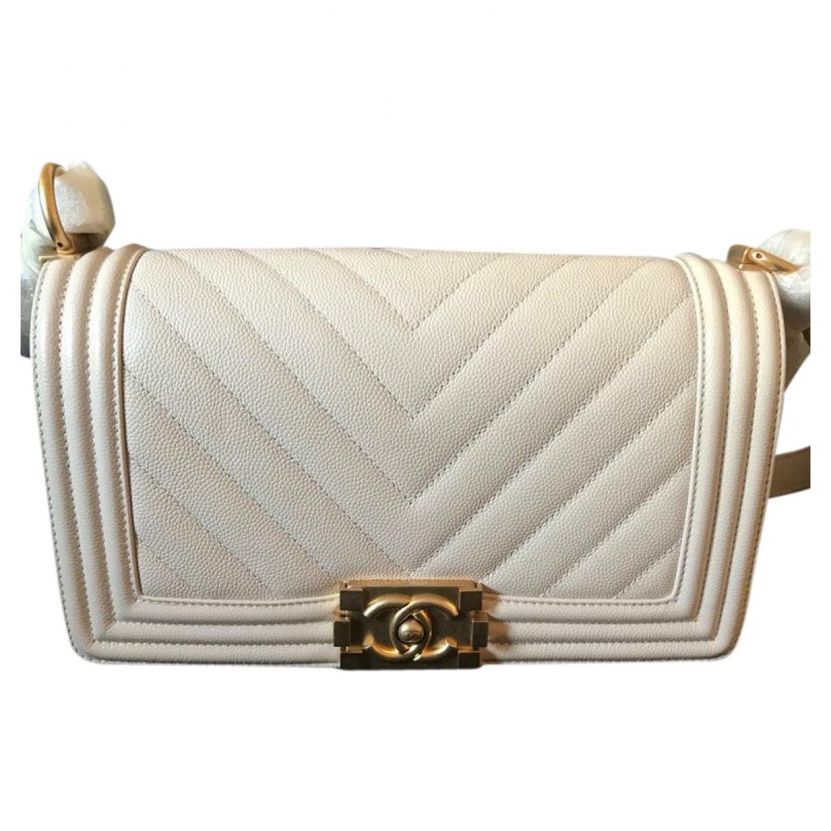 Chanel Boy Ecru Leather handbag for Women \N