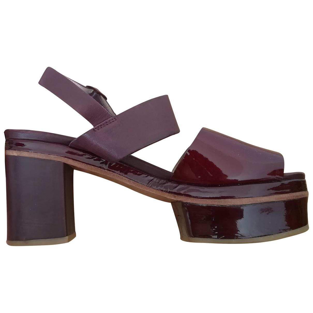 Cos - Sandales   pour femme en cuir verni - bordeaux