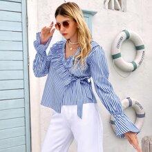 Bluse mit Streifen Muster, Rueschenbesatz, Knoten und Wickel Design