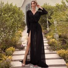Kleid mit V Kragen, Guertel und Schlitz