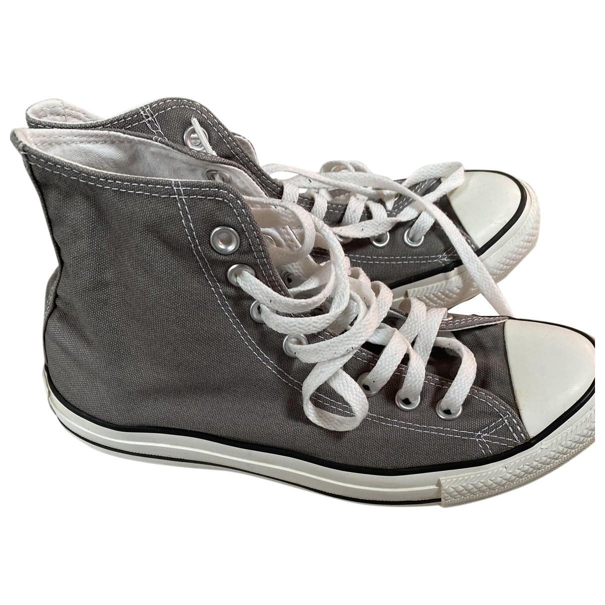 Converse \N Sneakers in  Grau Leinen