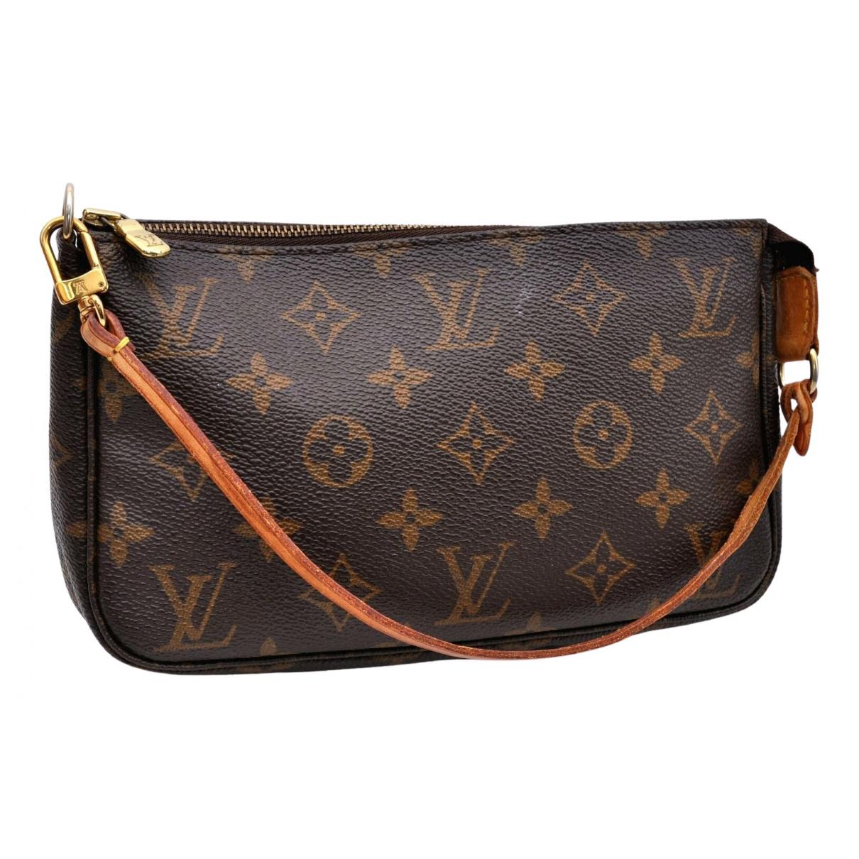 Louis Vuitton \N Brown Cloth Clutch bag for Women \N