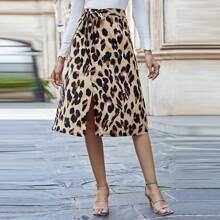 Wickelrock mit Leopard Muster und Knoten vorn