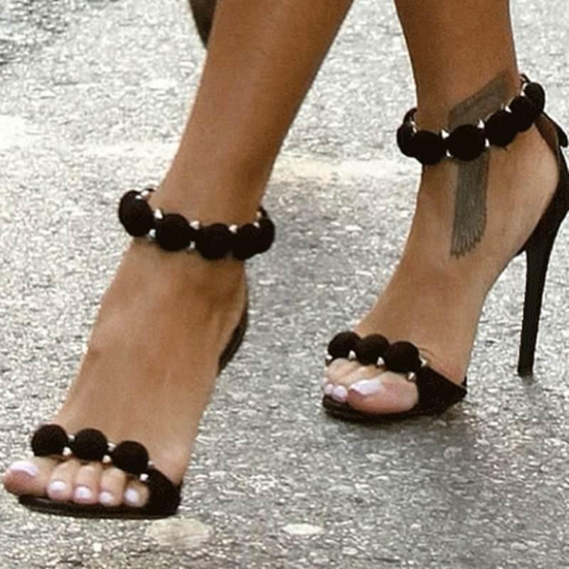 Ericdress Simple Elegant Stiletto Sandals with Rhinestone