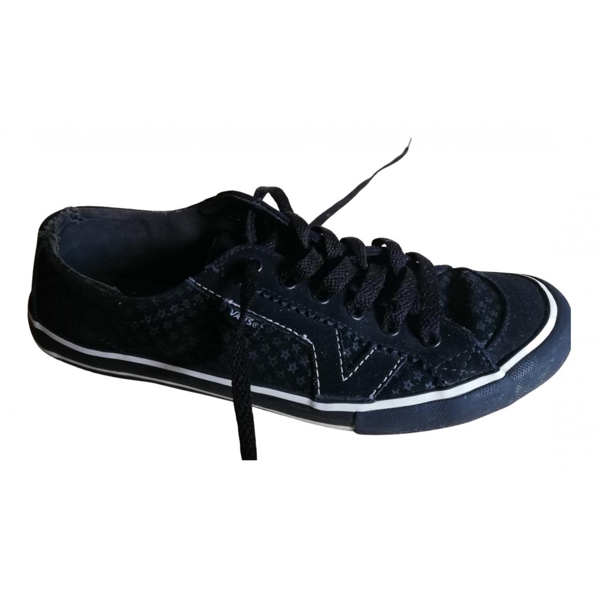 Vans \N Sneakers in  Schwarz Fell