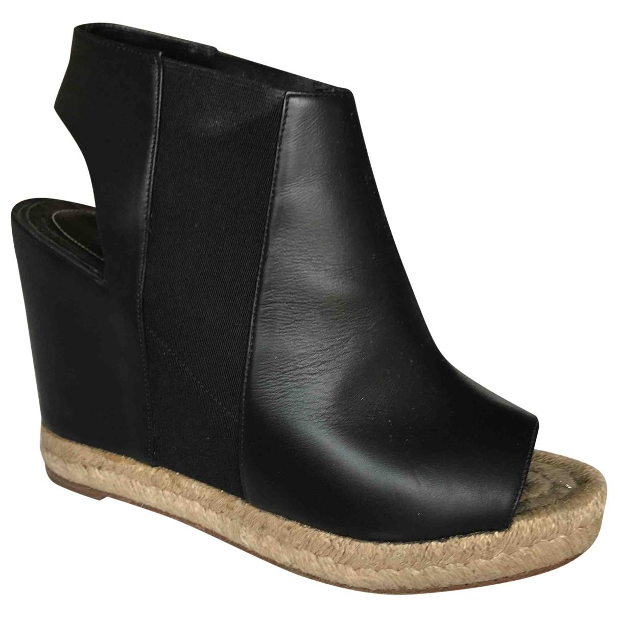 Balenciaga \N Black Leather Sandals for Women 37 EU