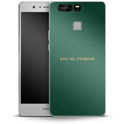Huawei P9 Silikon Handyhuelle - Kiss Me Im Irish von caseable Designs