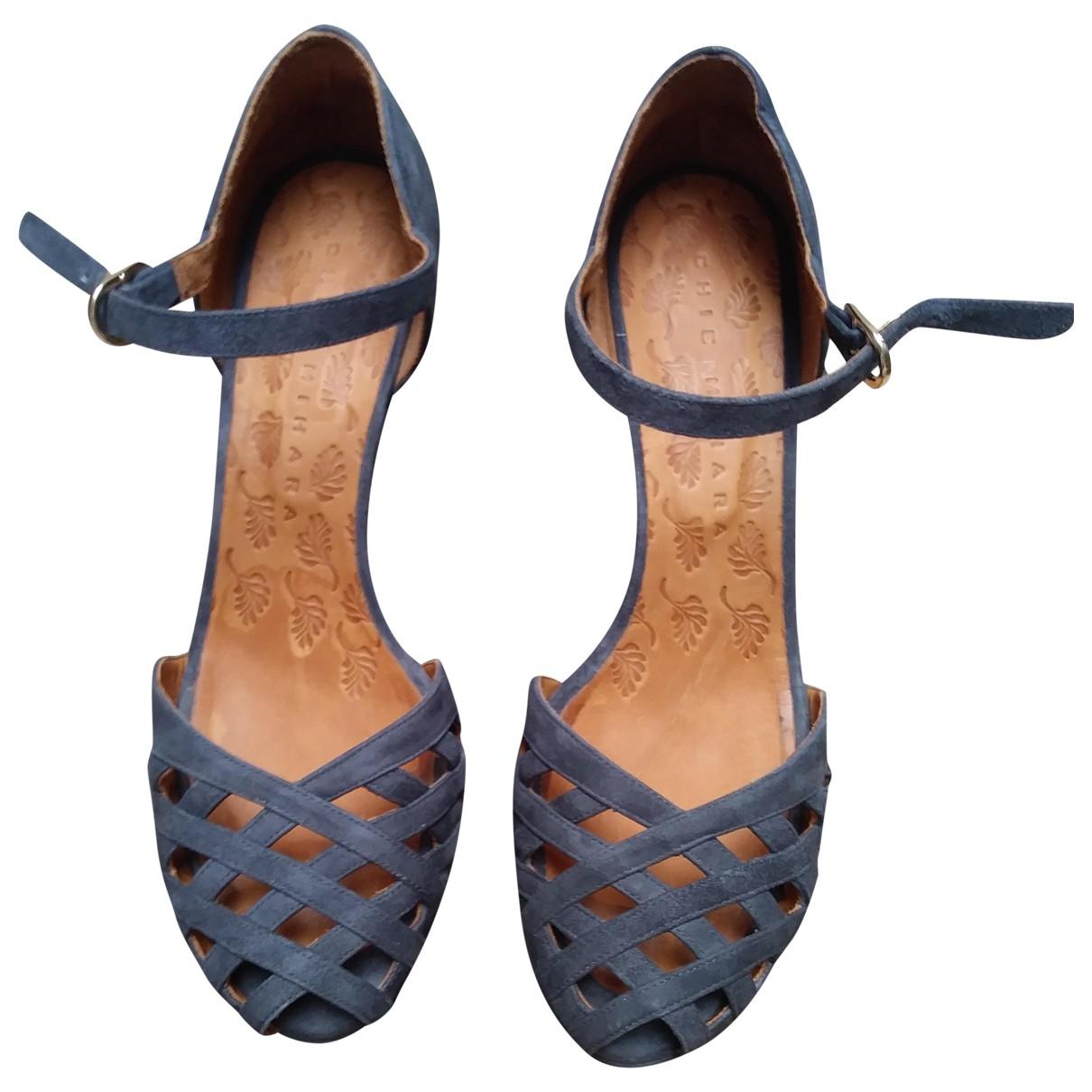 Chie Mihara - Escarpins   pour femme en cuir - gris