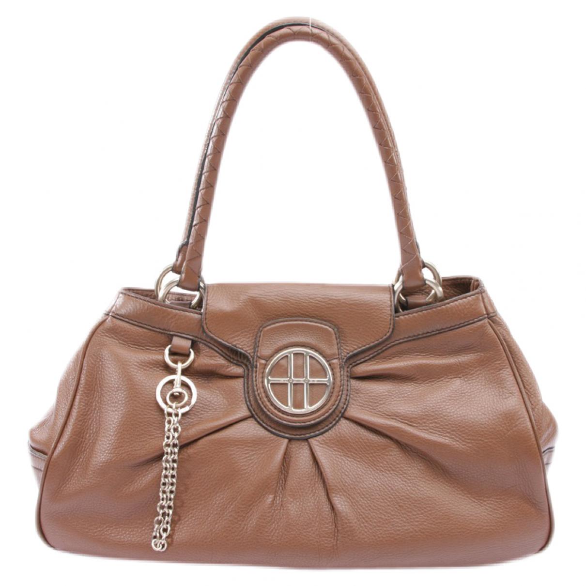Hugo Boss \N Handtasche in  Braun Leder