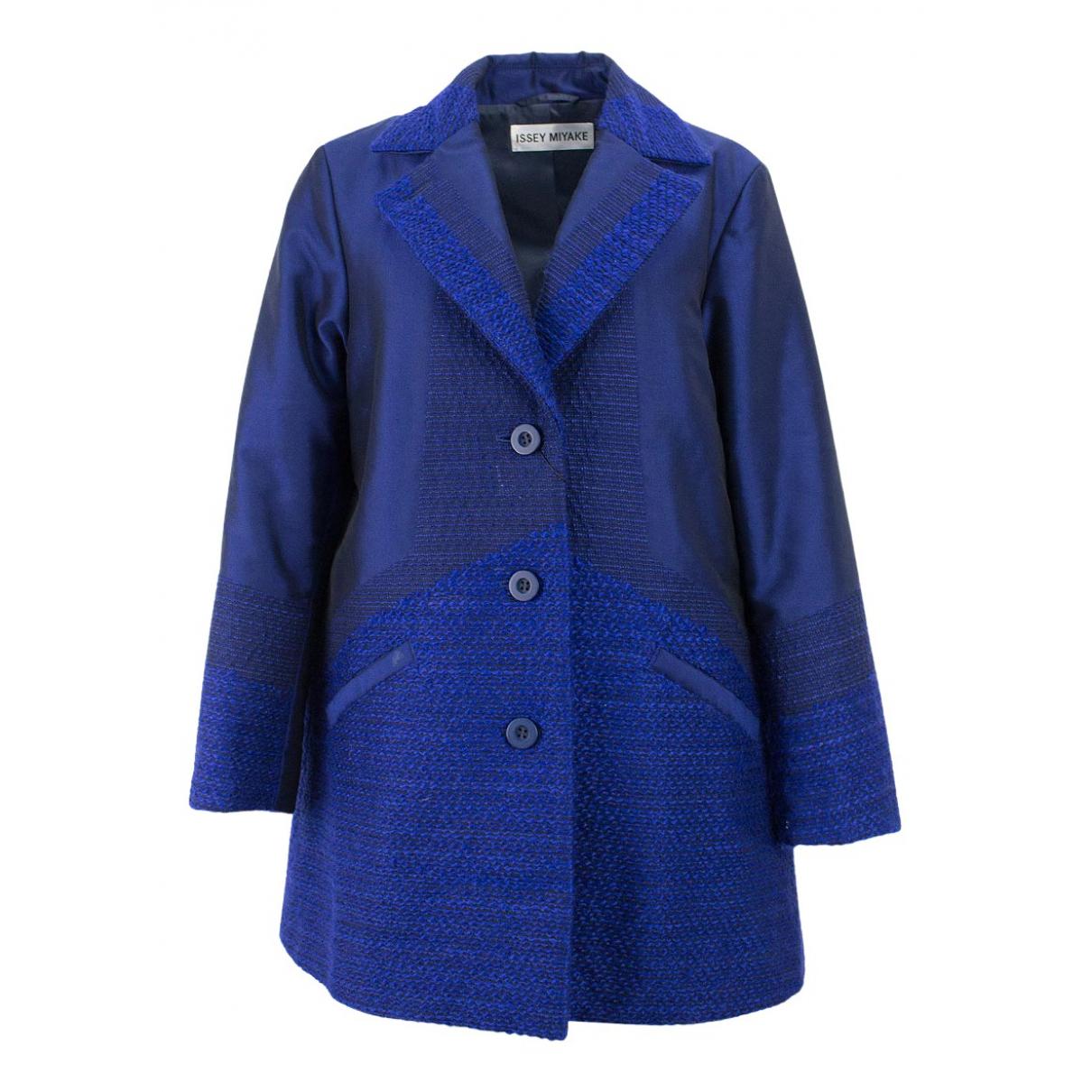 Issey Miyake \N Maentel in  Blau Wolle