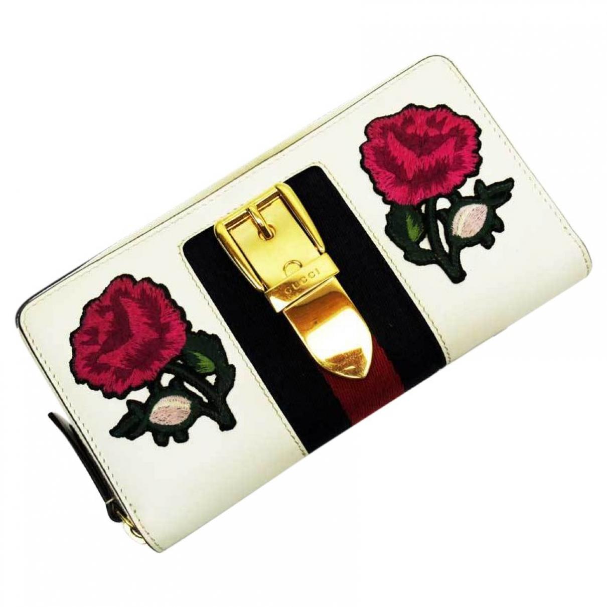 Gucci - Portefeuille Sylvie pour femme en cuir - rouge