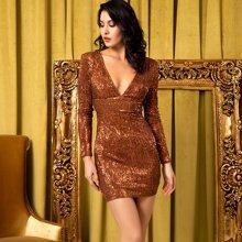 Figurbetontes rueckenfreies Kleid mit tiefem Kragen und Pailletten