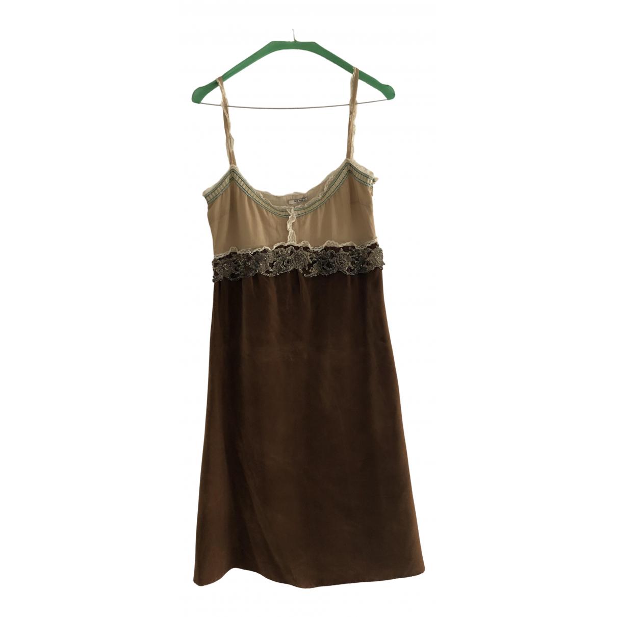 Miu Miu \N Kleid in  Braun Wolle