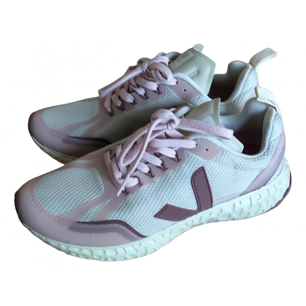 Veja \N Sneakers in  Beige Kautschuk