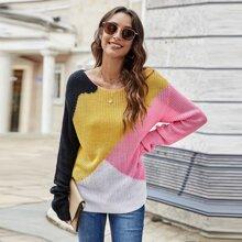 Pullover mit Cut And Sew Design und sehr tief angesetzter Schulterpartie