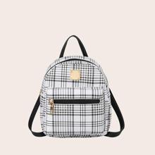 Rucksack mit Taschen vorn und Karo Muster