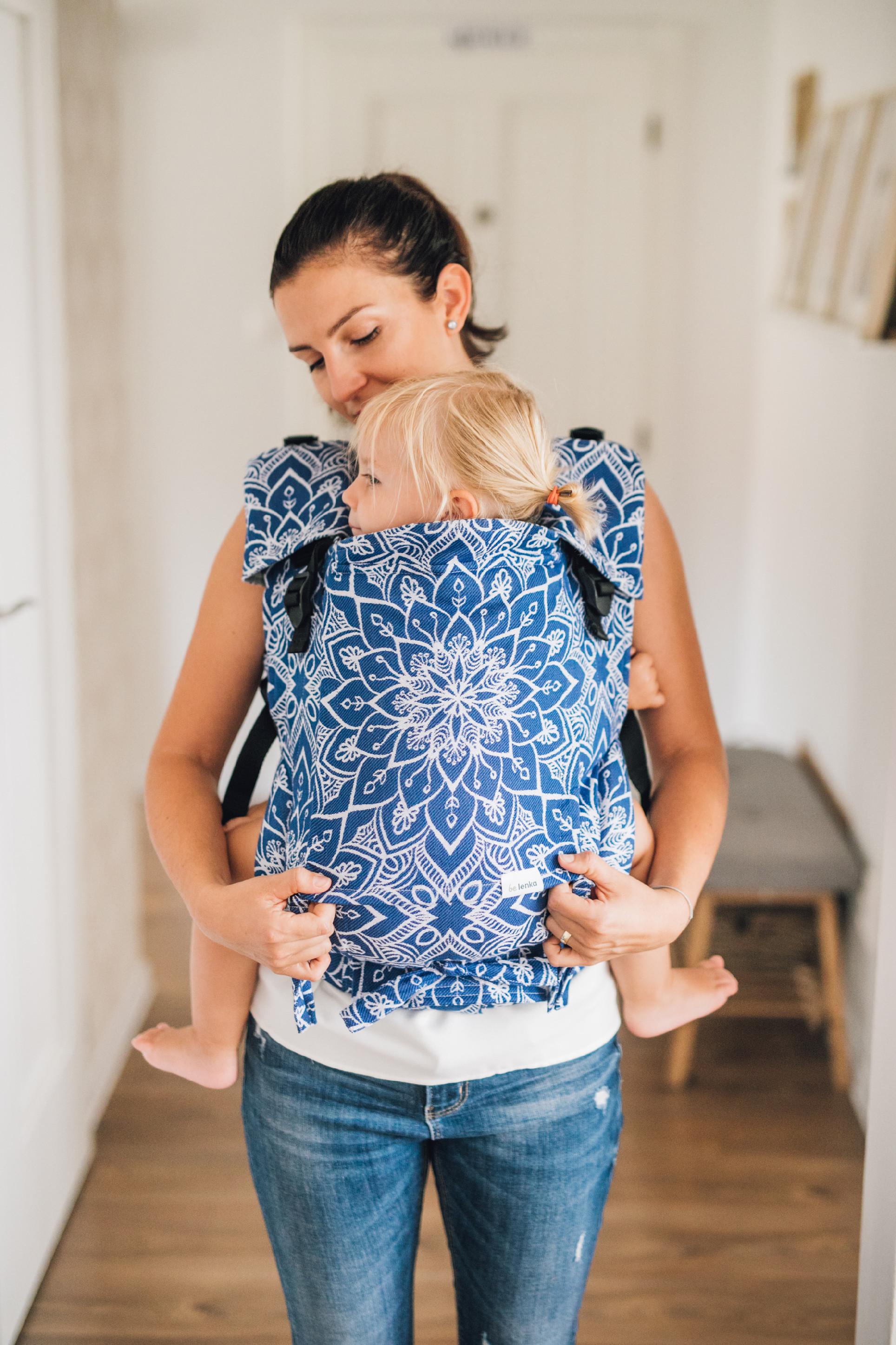 Babytrage Be Lenka 4ever - Mandala - Konigsblau Klassiker ohne die Moglichkeit der Uberquerung