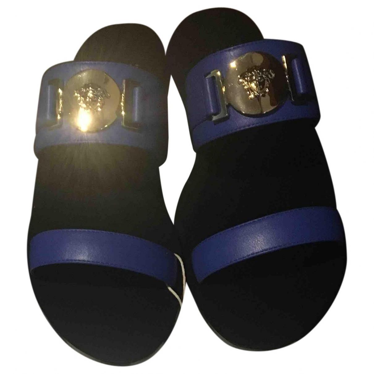 Versace \N Sandalen in  Blau Leder