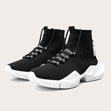 Maenner Strick Sneakers mit Band Dekor und hohem Schaft