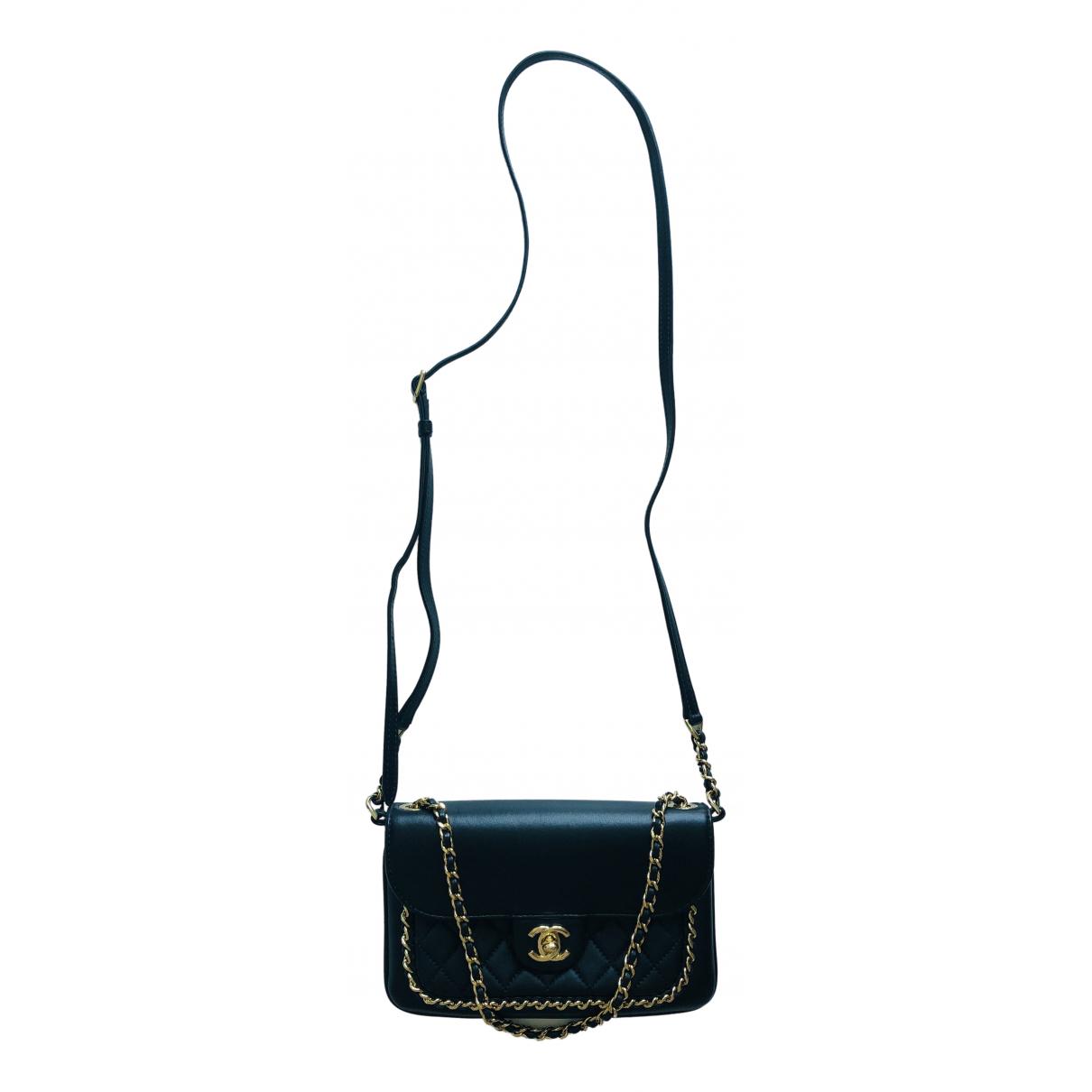 Chanel \N Black Leather handbag for Women \N