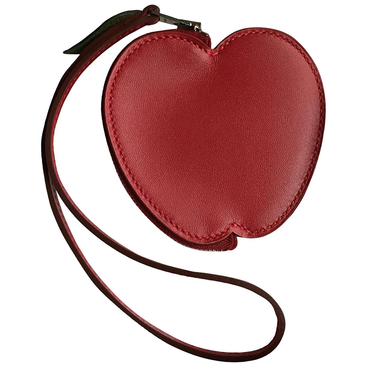 Hermes \N Taschenschmuck in  Rot Leder