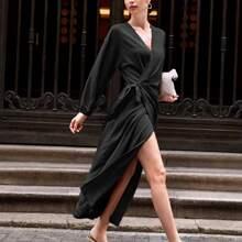 Vestido cruzado con nudo de hombros caidos