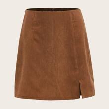 Falda recta bajo con abertura de pana