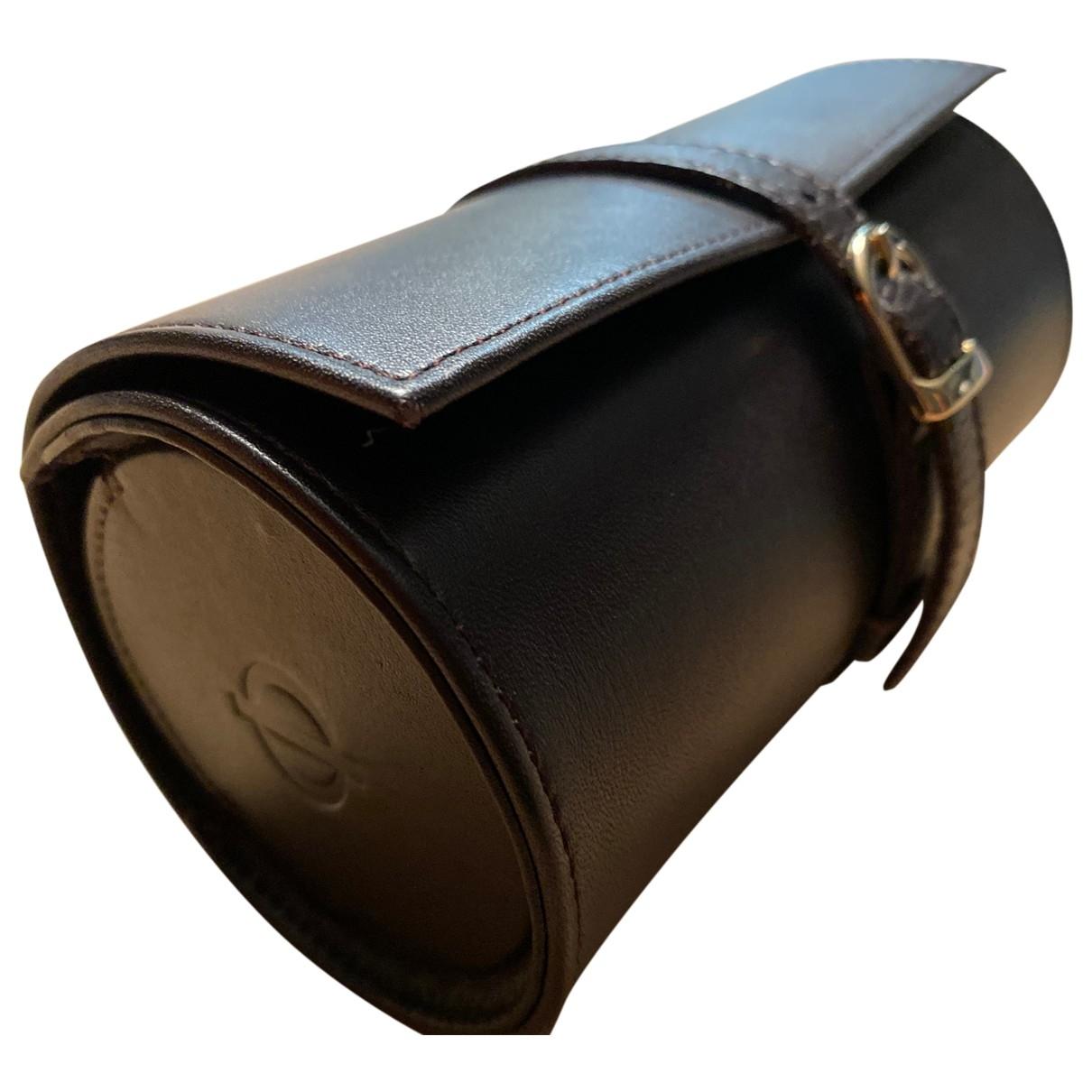 Baume Et Mercier \N Uhr in  Schwarz Leder