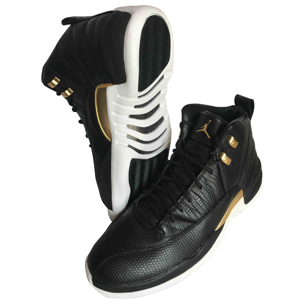 Jordan Air Jordan 12 Sneakers in  Schwarz Leder