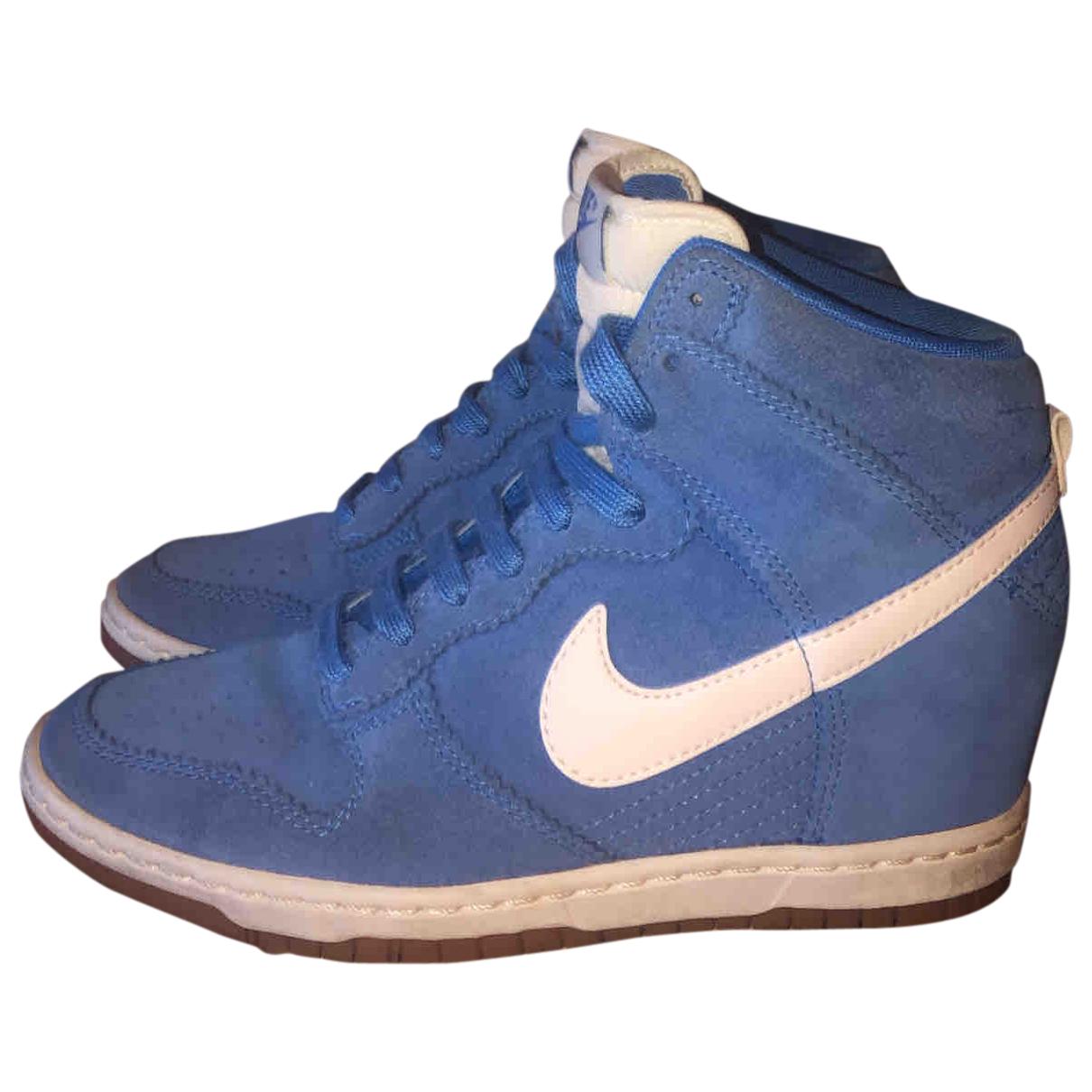 Nike \N Sneakers in  Blau Veloursleder