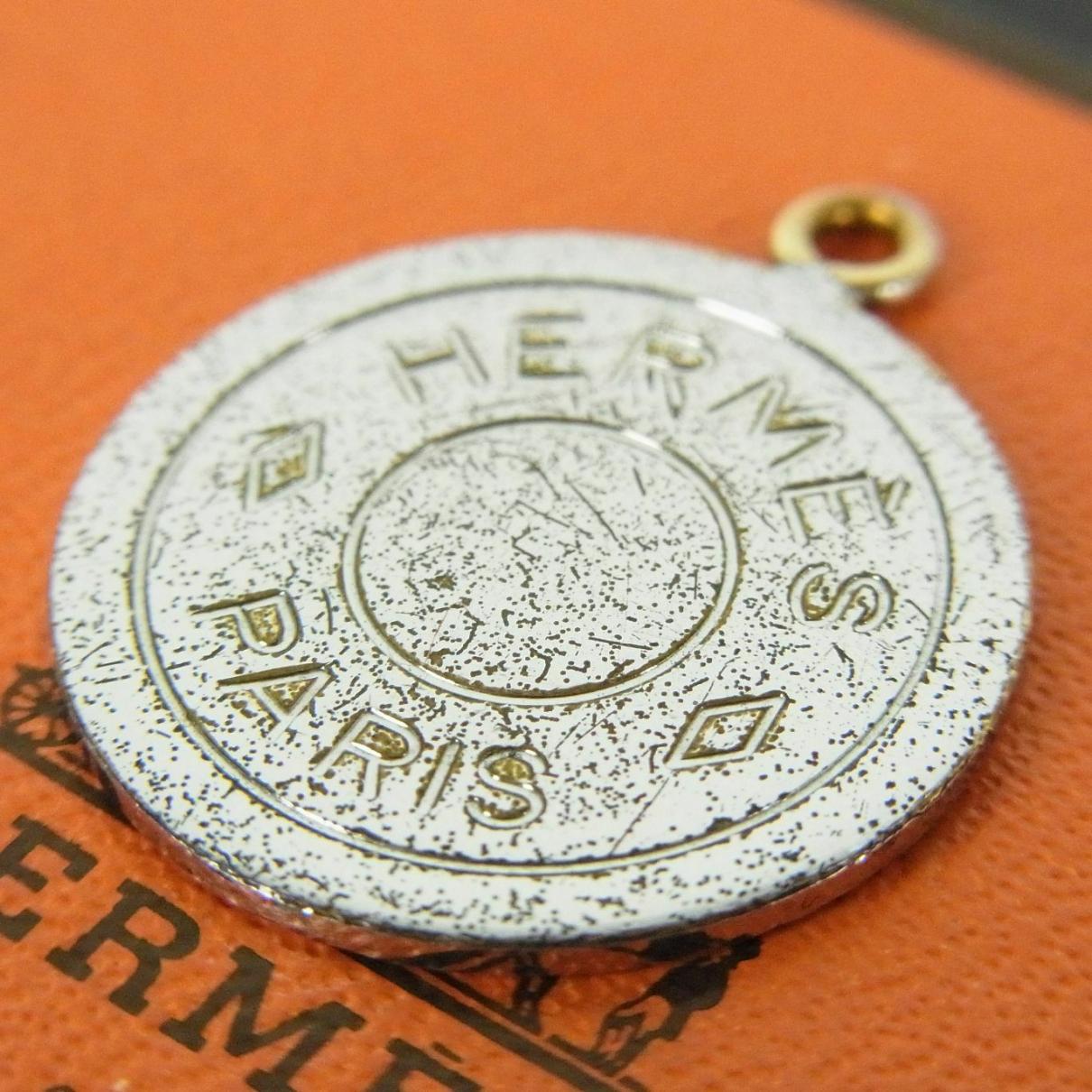 Hermes - Broche   pour femme en acier - argente