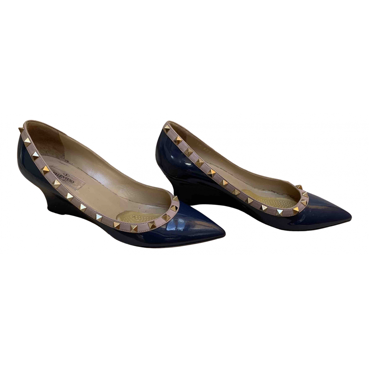 Valentino Garavani Rockstud Navy Patent leather Heels for Women 38 EU