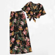 Plus Floral Peekaboo Tie Back Top & Wide Leg Pants
