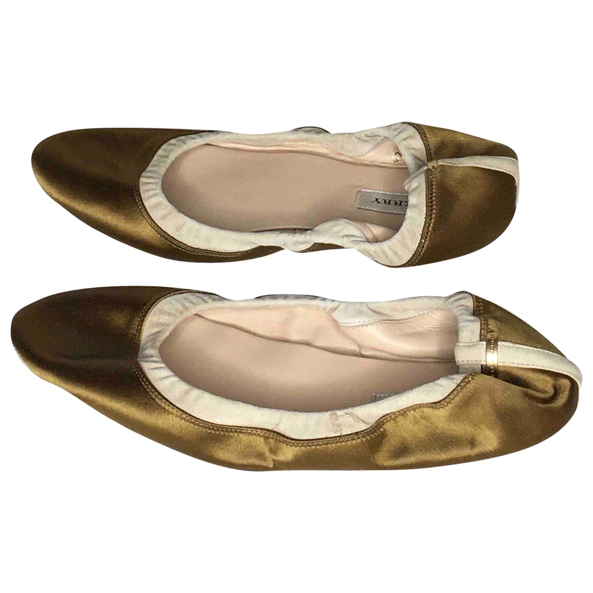 Burberry \N Ballerinas in  Gold Leinen