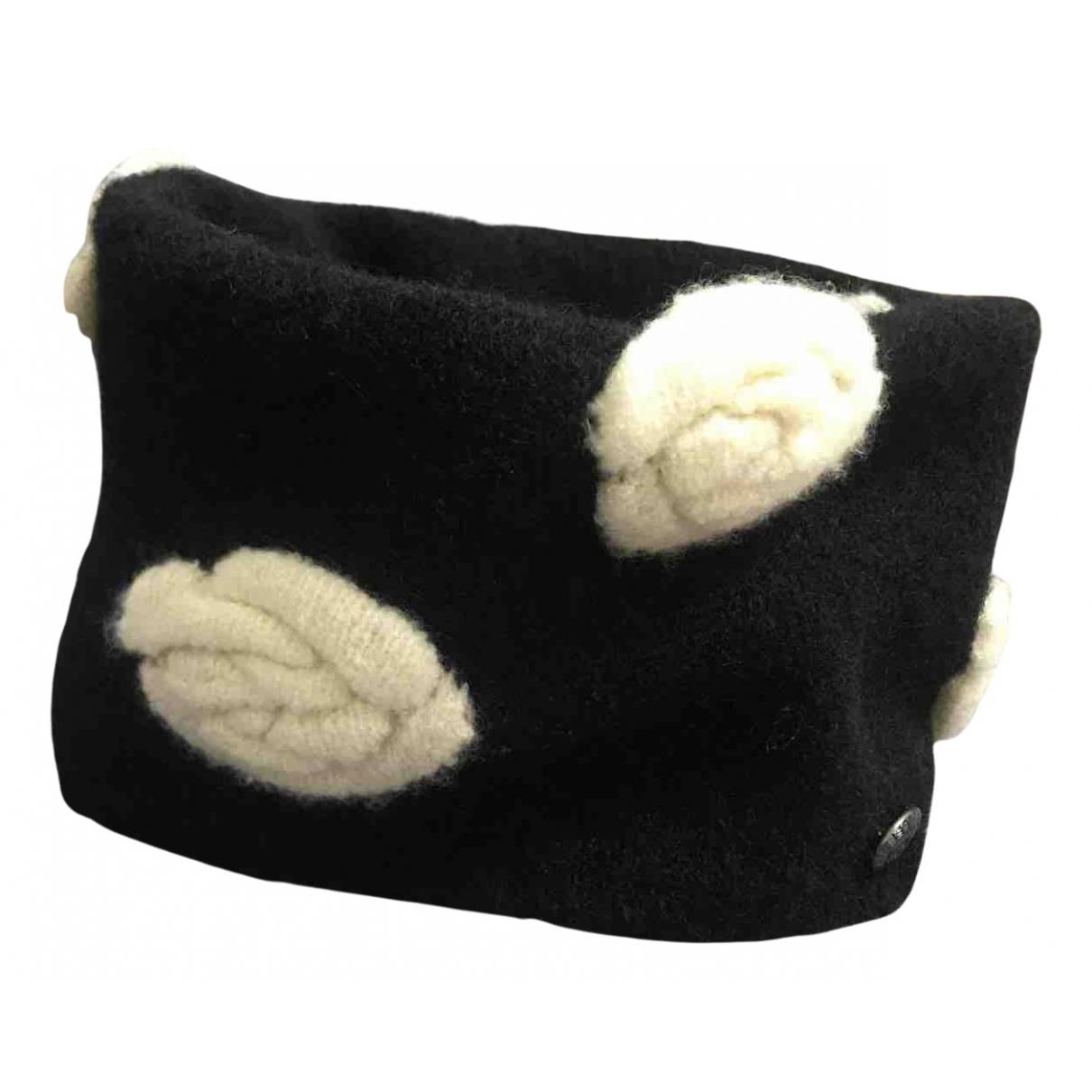 Chanel \N Schal in  Schwarz Wolle