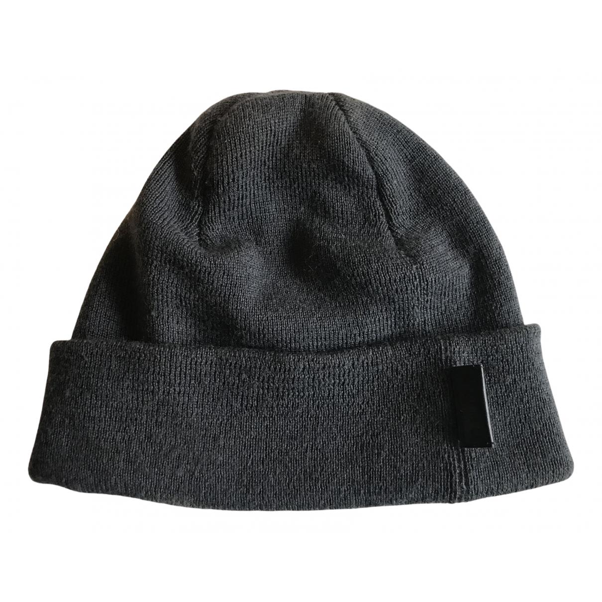 Gucci N Grey Wool hat & pull on hat for Men L International