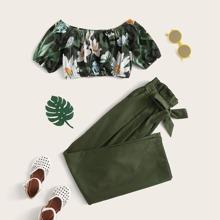 Conjunto de niñas top corto de hombros descubiertos con estampado floral con pantalones con cinturon de cintura con volante