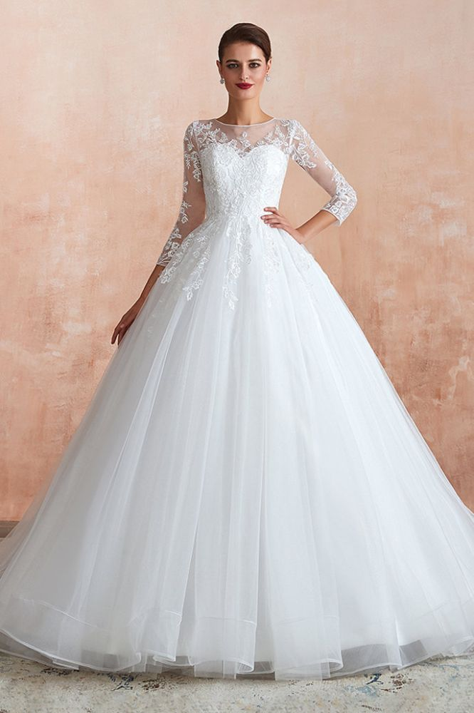 Canace   Romantisches Ballkleid mit langen Ärmeln aus Spitze, Brautkleider mit voll verdeckten Knopfen und Hofzug