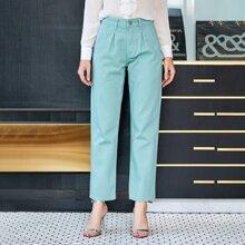Jeans mit Falten Detail und geradem Beinschnitt
