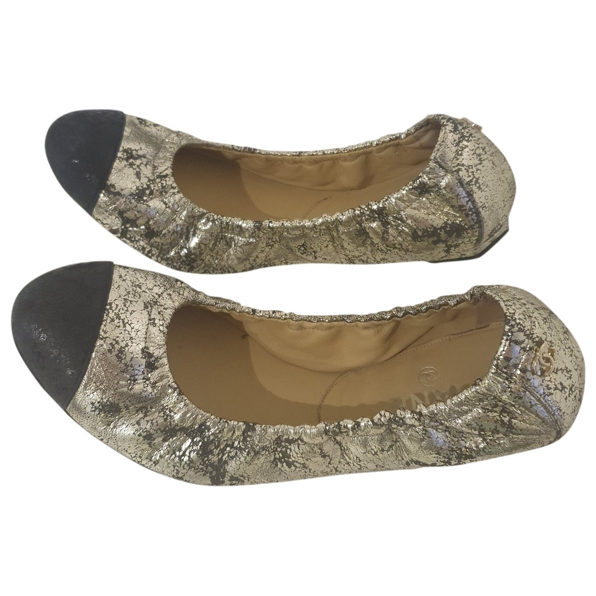 Chanel \N Gold Leather Ballet flats for Women 39 EU