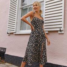 Cami Kleid mit Schlitz, Rueschen hinten und Gaensebluemchen Muster